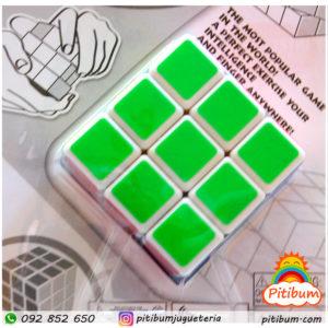 Cubo Rubik o Mágico de 3×3 en blister.